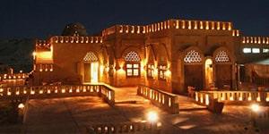 desert lodge hotel